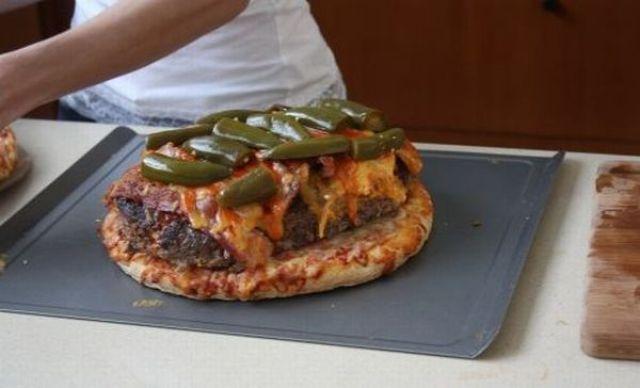 A Super Duper Pizza Burger