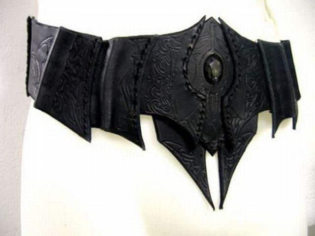 A Costume for a Dark Elf