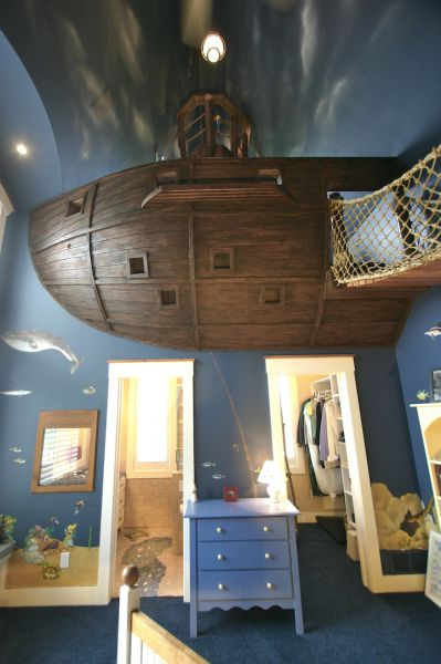 A Nautical Bedroom Theme