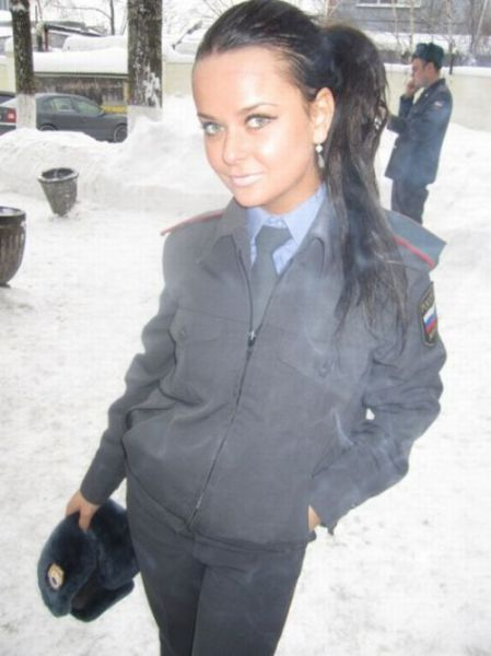 How Russian Policewomen Spend Their Free of Duty Time