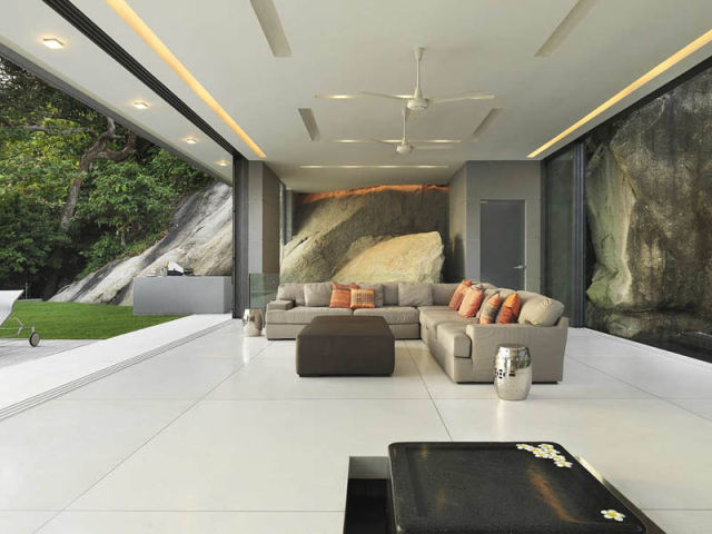 Gorgeous Villa in Thailand Stretches the Imagination