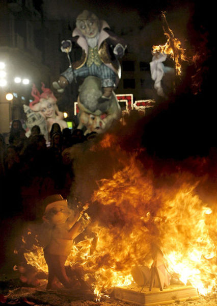 Valencia Burns the Fallas