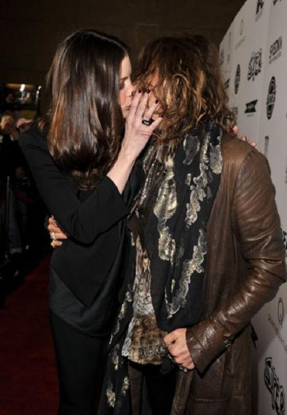 OMG: Liv Tyler Kisses Her Father on the Lips!
