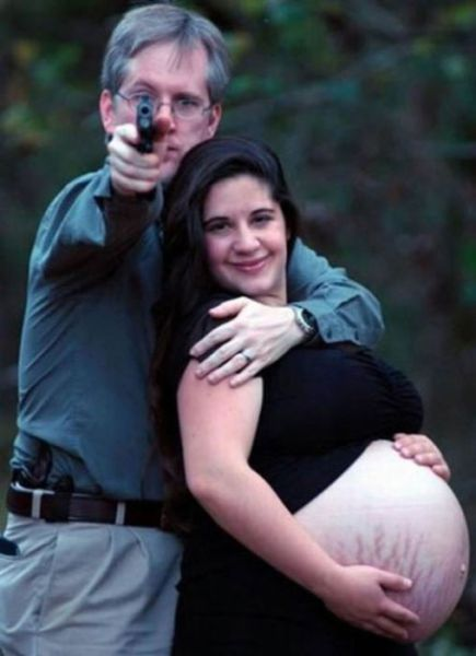 weird photos of 640 07 Weird Photos of Pregnant Women (34 pics)