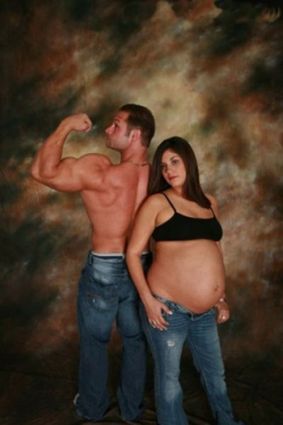 weird photos of 640 17 Weird Photos of Pregnant Women (34 pics)