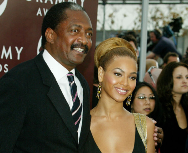 Eye on Stars: Beyonce Kicks Her Manager Dad To The Curb, Lea Michele Survives A Car Accident And Other Hollywood News