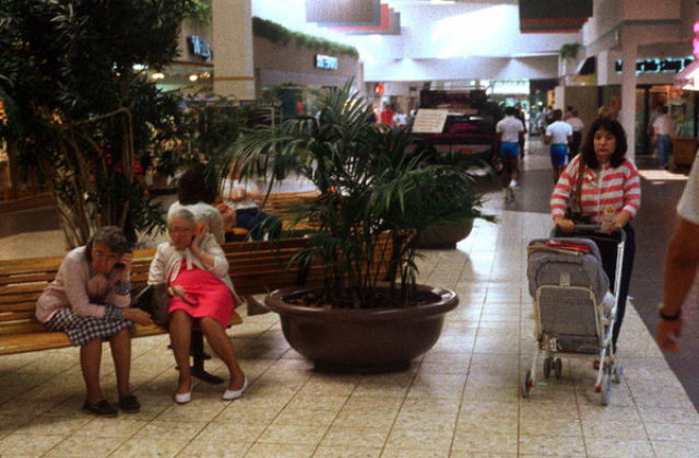 Blast to the 1989s Shopping Mall Past