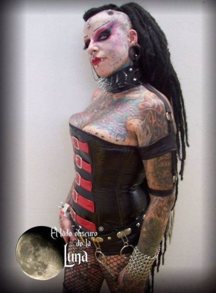 Scary Looking Goth Woman (11 pics) - Picture #2 - Izismile.com