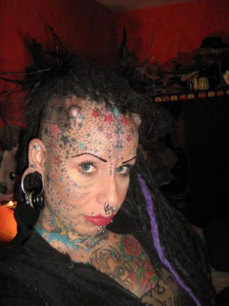 Scary Looking Goth Woman (11 pics) - Izismile.com