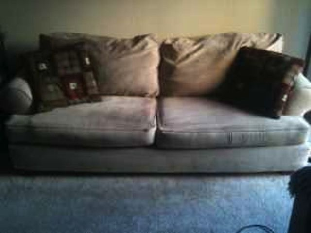 Homosexual Couch Is on Sale on Craigslist