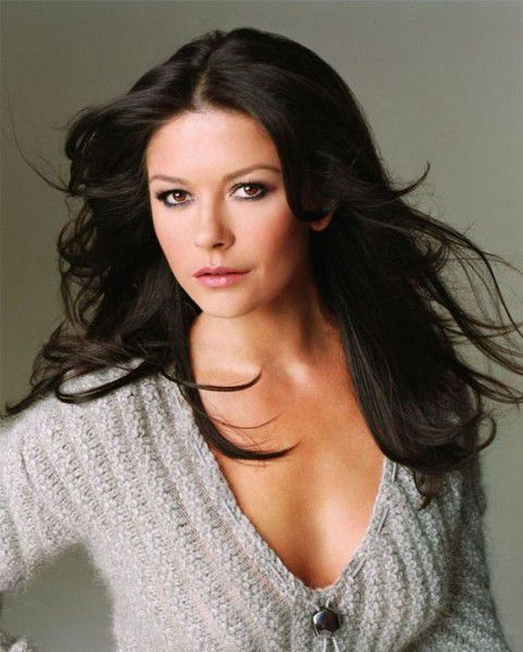 Eye on Stars: Catherine Zeta-Jones Treated For Bipolar Disorder And Other Hollywood News