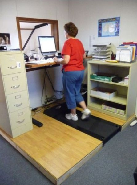 Crazy Treadmill Workstations for Multitaskers