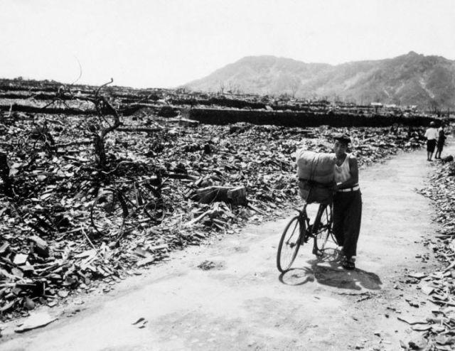 Frightening Hiroshima and Nagasaki Atomic Bomb Pictures