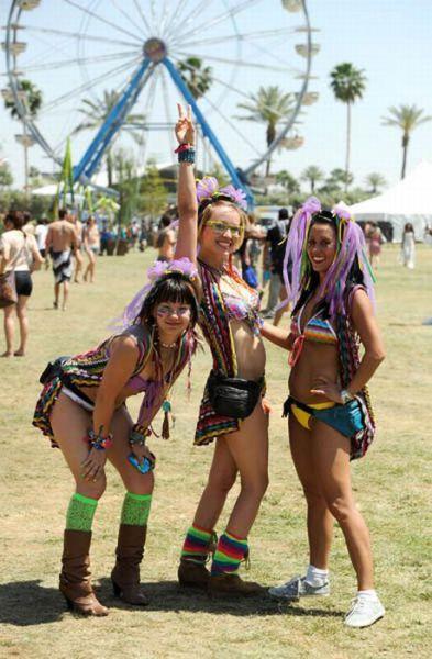 Coachella Music Festival Half Naked Hot Young White -8405