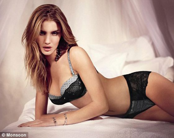 Eye on Stars: Rosie Huntington-Whiteley Tops Maxim Hot 100 List And Other Hollywood News