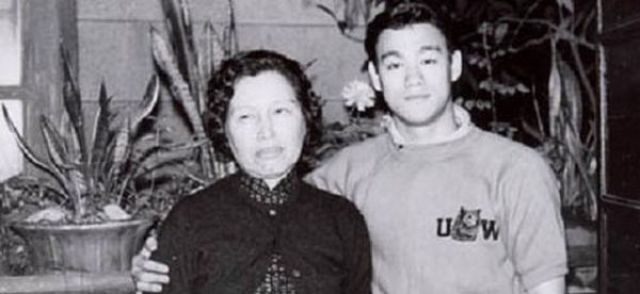 Rare Photographs of Bruce Lee