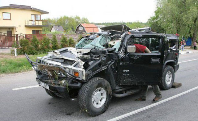 Drunk Woman Is Hummer