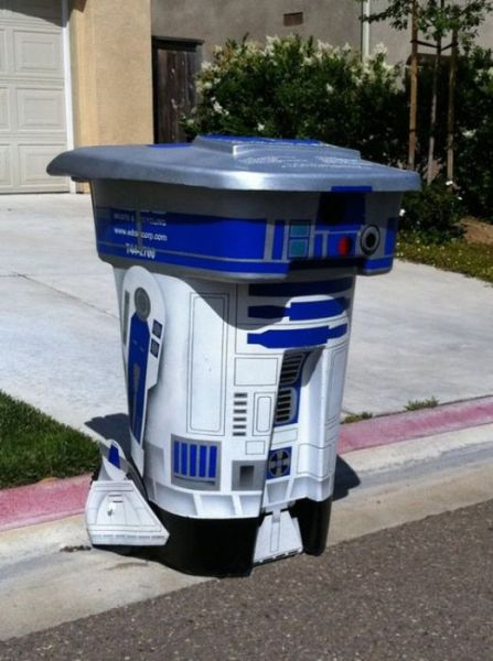 Star Wars R2D2 Invasion