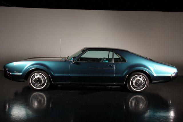 Unusual Retro Car Restoration