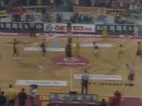 Polish Basketball Game Ends in Toilet Paper Mess