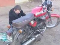Must-Be-Painful Bike Fail