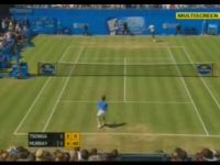 Awesome Between-the-Legs Shot by Andy Murray