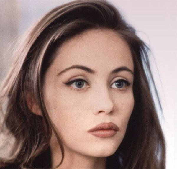 30 of the Most Beautiful and Famous French Actresses