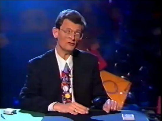 Amazing Card Trick: Smoking Magic [VIDEO]