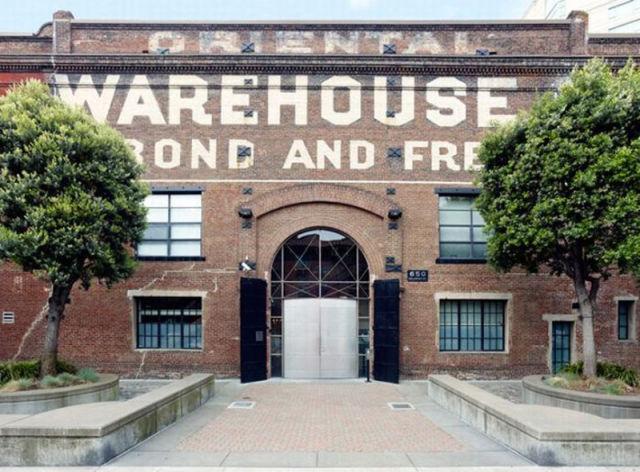 A Warehouse Apartment