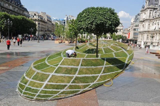 Amazing 3D Illusion in Paris