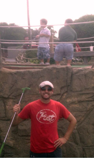 Authentic game of miniature golf.