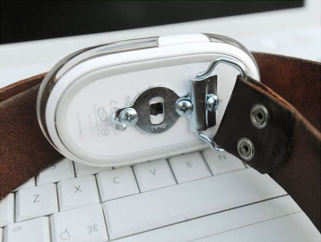 Belt Buckles Made From a Computer Mouse
