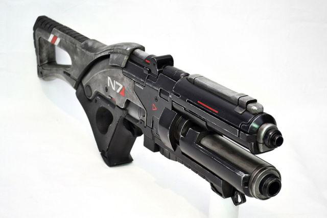Cool Replica of Mass Effect 3 Gun