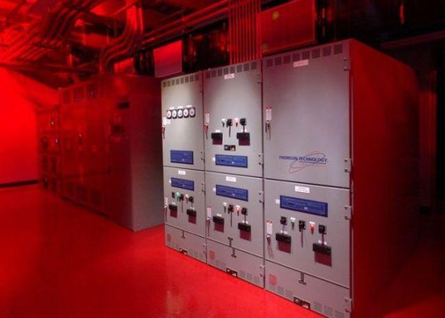 """SuperNAP: """"The Cloud"""" Datacenter"""