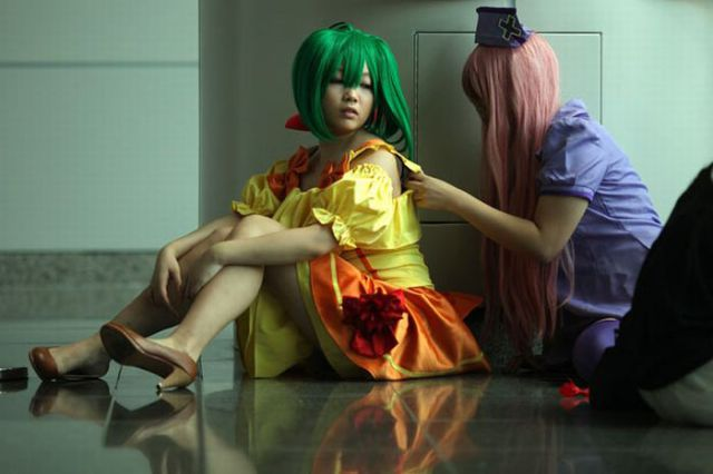Manga-Crazed Teenagers at Ani-Com Comic Fair