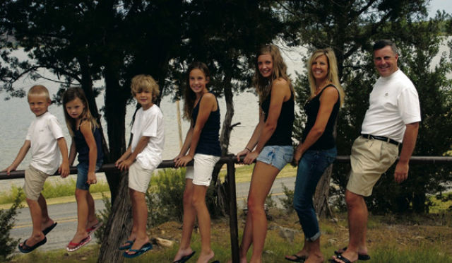 Painfully Awkward Family Vacation Photos