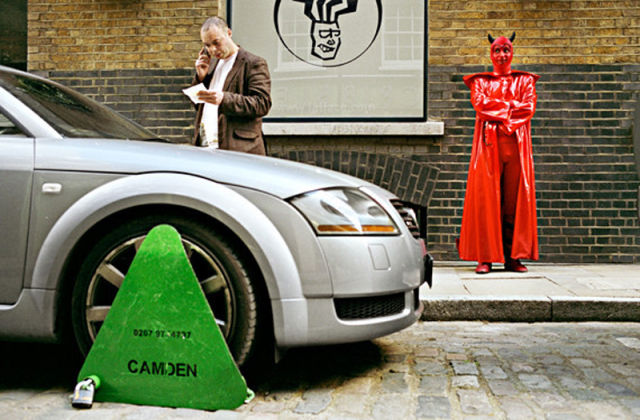 Hilariously Coincidental Street Photography