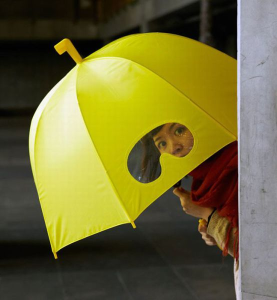 Useful and Unique Ways to Avoid Getting Wet in the Rain