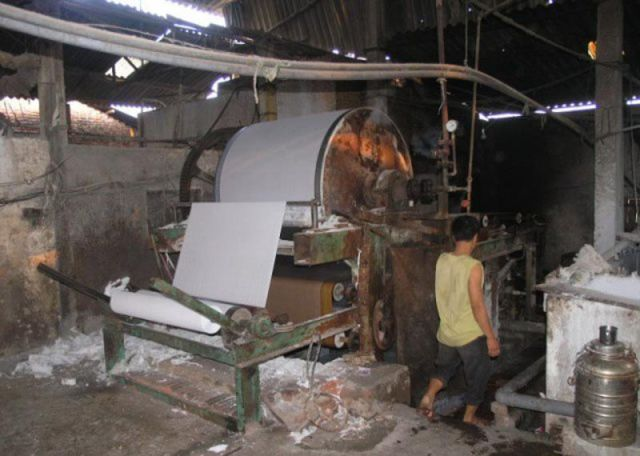Small Chinese Toilet Paper Factory