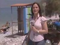 Female Reporter Makes Unexpected Encounter
