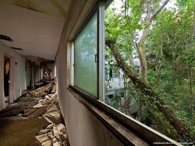 An Abandoned Hotel in Japan