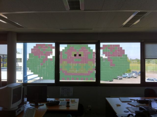 Impressive Post-It Note Window Art