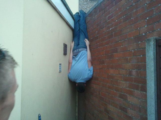 Batmaning, Cause Planking Is for Pussies