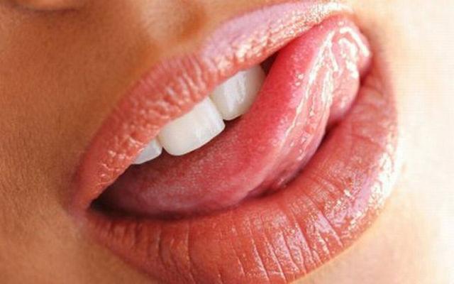 Very Kissable Lips. Part 2