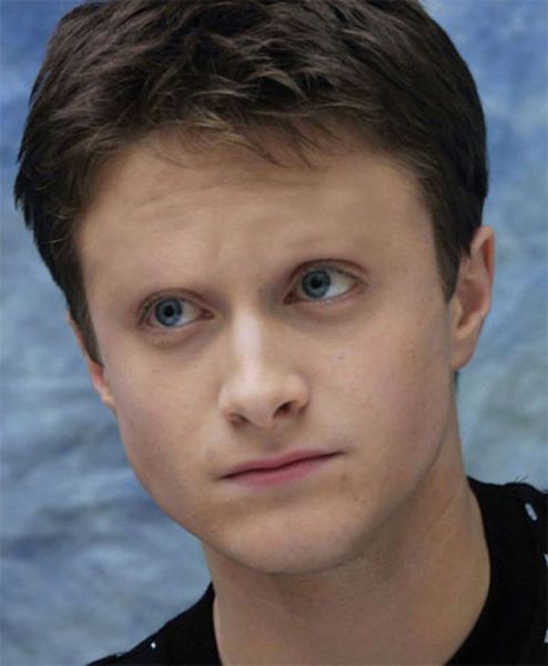 Celebrities With No Eyebrows (60 Pics)
