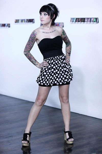 Chicks with Tattoo Sleeves