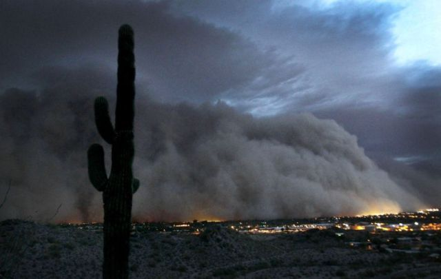 Dust Storms on Photographs