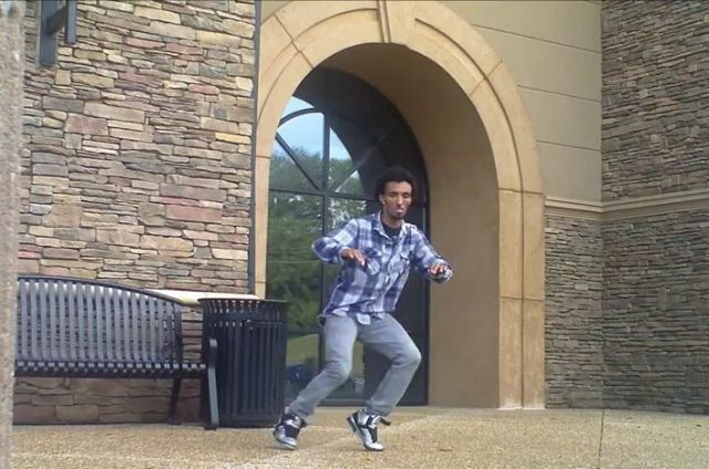 Amazing Dubstep Dance [VIDEO]