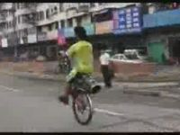 Bicycle's Missing One Wheel, Ain't a Problem for This Chinese Guy