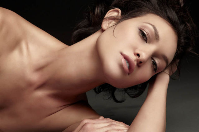 From Normal to Flawless: Retouched Photographs